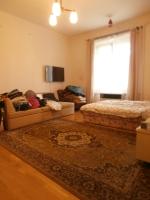 Budapest XXII Budafokon eladó 1 szobás garzonlakás!
